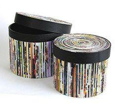 Cómo hacer manualidades con periódicos y revistas viejas - El Cómo de las Cosas Recycled Magazine Crafts, Recycled Paper Crafts, Recycled Magazines, Old Magazines, Recycled Crafts, Craft Storage Box, Paper Storage, Newspaper Basket, Newspaper Crafts