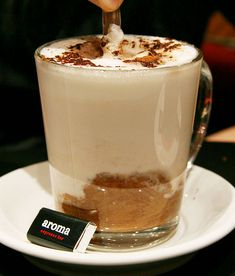 Aroma Espresso Bar Toronto - I must visit this place to try latte ♡