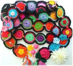 I will need to figure this one out.... Receitas de Crochet: Cachecol colorido de Lidia Luz
