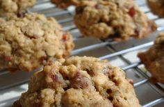 Foodista | Recipes, Cooking Tips, and Food News | Oatmeal Cookies Recipe