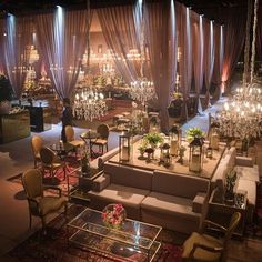 Its #monday again! Love this #wedding setting mixing indoor and outdoor #design �� #weddingplanner #decor #bride #bridetobe #bridalstyle #luxe #luxurious #styling #weddingday #reception #chandelier #furnituredesign http://gelinshop.com/ipost/1524930622664926134/?code=BUppFJnDuO2