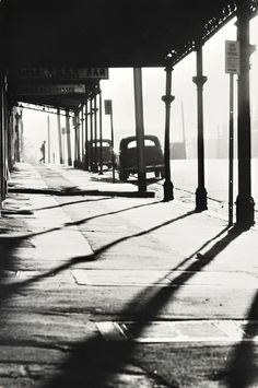 Queensberry Street at Errol Street, North Melbourne 1963 by Mark Strizic Dreams and Imagination: Light in the Modern City Photo B, Jolie Photo, Vintage Photographs, Vintage Photos, Street Photography, Art Photography, Cidades Do Interior, Andre Kertesz, Modern City