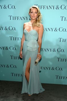 Kate Hudson looks beautiful in a long #Tiffany Blue gown for the Tiffany & Co. Blue Ball!