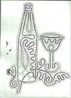 Risultati immagini per bobbin lace patterns free Bobbin Lace Patterns, Lacemaking, Sewing Art, Pattern Images, Needle Lace, Irish Crochet, Embroidery Art, Crafts To Do, Blackwork