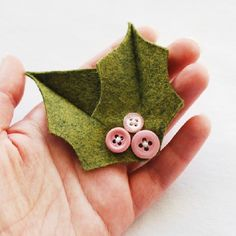 Make this simple pin with felt and a few of your favorite vintage buttons!