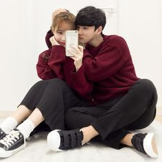 Images and videos of ulzzang couple Ulzzang Fashion, Asian Fashion, Love Fashion, Korean Ulzzang, Ulzzang Boy, Cute Korean, Korean Girl, Date Outfit Casual, Layered Fashion