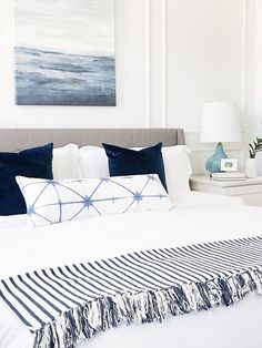 Easy breezy summer home decor #blueandwhite #bedroomdecor #bedroomideas
