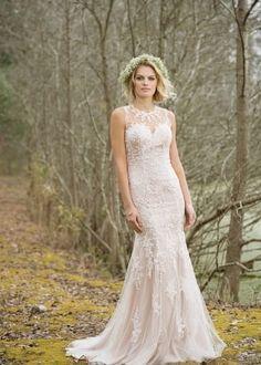 Encuentra Vestidos de Novia de Lillian West gracias a nuestro buscador. Descubre las últimas propuestas y tendencias en Vestidos de Novia de Lillian West.