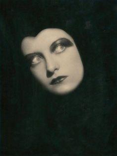 Tilly Losch by Rudolf Koppitz, 1928.