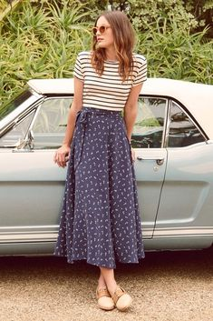 24 eco-friendly clothing brands that are stylish and help save the planet - Clothes Informations About 24 Marken für umweltfreundliche Kleidung, die stilvoll sind und Mode Outfits, Fashion Outfits, Fast Fashion, Womens Fashion, Maxi Skirt Fashion, Style Fashion, Fashion Ideas, Fashion Tips, Blue Fashion