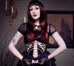 #Fabric #Fashion #dark fashion #dark sexy #gothic #gothic fashion #Victorian couture