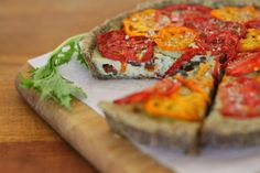 Yes, you can eat raw foods and still ENJOY pizza! YUMMY! raw sun dr. tom, basil, olive tart (need dehydrator tho)