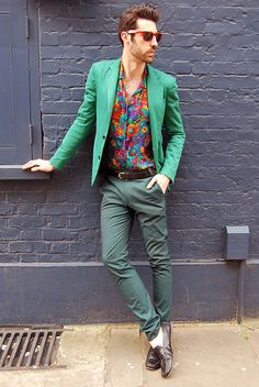 Green Blazer, Flower Shirt, Green pants. Individually I hate them all. But together, some how works. I'd never wear it though. :)
