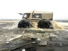 Tonka-toy looks, incredible ability. You want a go, right? Jeep Wrangler, Extreme Off Road Vehicles, Motor A Diesel, Russian Road, Off Road Tires, Amphibious Vehicle, Mini Monster, Offroader, Tonka Toys