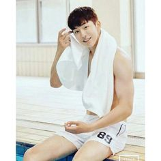 Nam Joo-hyuk up for reunion with Weightlifting Fairy Lee Sung-kyung Sexy Asian Men, Sexy Men, Asian Guys, Asian Actors, Korean Actors, Jong Hyuk, Nam Joo Hyuk Abs, Park Bogum, Song Joong