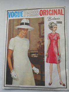 Misses Vintage Vogue Paris Original Dress Sewing Pattern 14/36 #VoguePatterns
