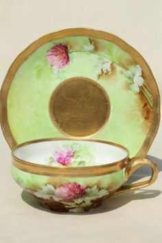 Vintage Richard Ginori - Italy porcelain cup and saucer with hand painted floral (red clover) and gold. We beleive this was probably painted in house, it's beautifully done, and signed G Nucci. Hand painted porcelain teacup / coffee cup / tea cup