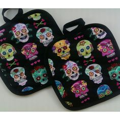 Day of the dead sugar skull pot holders by HauteMessThreads,