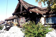 """""""gnome house"""" in Tujunga - must find out where! (by santa barbarian, via Flickr)"""