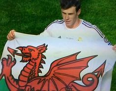 Welsh star shining in Portugal