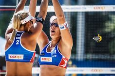 Big sport means big emotion! the Czech team after winning a game of the Beach Major tournament in Gstaad - Swiss. Archie, Events, Bra, Game, Sports, People, Hs Sports, Bra Tops, Gaming