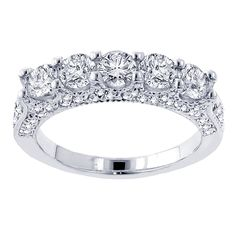 $5299.00. The perfect amount of sparkle and elegance come together to make this jewelry a standout for the woman in your life. The regal 2 1/2 carats of glistening diamonds gives this wedding band an appealing design over the glossy platinum.