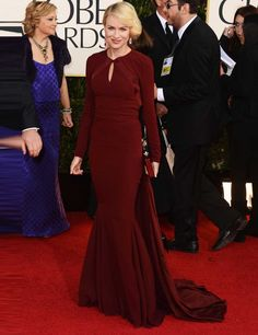 Naomi Watts wearing a burgundy Zac Posen gown at the Golden Globes 2013