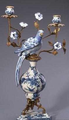 Bule & White Porcelain Parrots Candelabra,Home Decor Bronze Mouthed Candle Stick Porcelain Parrots Figurine.