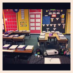 I like the desk in the middle for supplies. Fancy Free in Fourth: Hoot Hoot! My 2012 Classroom Reveal!