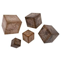 Defined by vintaged map motifs, this cube-shaped wall decor set offers antiqued style for your home.  Product: Extra sma...