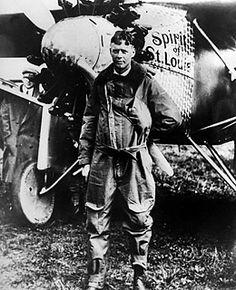 Charles Lindbergh Charles Lindbergh, New York To Paris, People Of Interest, World History, Vintage Photographs, Historical Photos, American History, Aviation, Saints