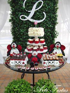 Torre cupcakes joaninha manoelaj@gmail.com