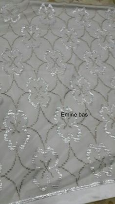 It is a good Cross-Stitch towel example with bright gray. Embroidery Needles, Needle Lace, Cutwork, Elsa, Cross Stitch, Creative, Sewing Machines, Design, Crossstitch