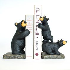 Bear Country Gallery is the home of Jeff Fleming's world famous wood carved bears and Bearfoots figurines. Industrial Bookends, Wooden Bookends, Library Quotes, Bear Decor, Dream House Interior, Cabin Homes, Black Bear, Decoration, Wood Carving