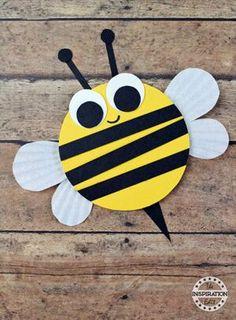 Bee Kid Crafts - bug kid craft - insect kid craft acraftylife.com #kidscrafts #craftsforkids #preschool Bumble Bee Crafts, Bumble Bees, Bee Crafts For Kids, Toddler Crafts, Preschool Crafts, Craft Kids, Kids Fun, Craft Work, Easter Crafts