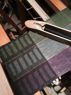 Aug 18, 2015 Gentlemens scarf Jaggerspun warp at 24 epi Alpaca silk weft