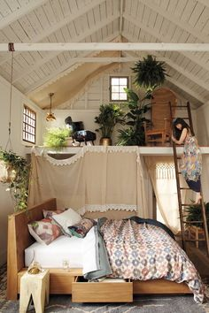 This bedroom is so interesting. It incorporates so many different spaces, in one space. They are all so different.