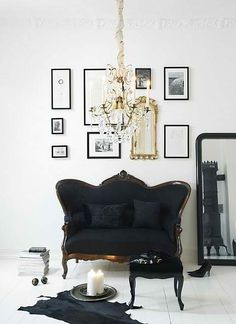 Modern Black Antique Sofa...