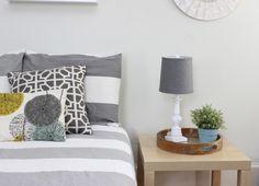 Gray contemporary bedroom - Interior Design Ideas - Student Apartment - Gray Duvet
