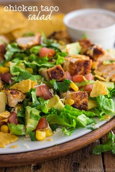 Chicken Taco Salad! This looks so refreshing and delicious!