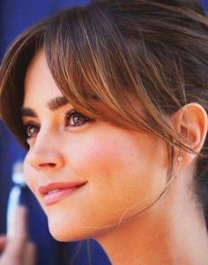 haarschnitt mittellang mit pony Curtain Bangs: The Curtain Fringe is part of top research on Instagr Wispy Bangs, Short Hair With Bangs, Long Bangs, Haircuts For Long Hair, Haircuts With Bangs, Short Hair Cuts, Straight Hairstyles, Side Bangs, Thin Hair