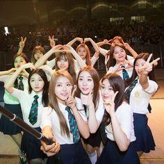 Kpop Girl Groups, Korean Girl Groups, Kpop Girls, Ioi Doyeon, Jung Chaeyeon, Choi Yoojung, Kim Sejeong, Photo Grouping, Group Photos