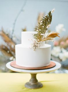 La Tavola Fine Linen Rental: Velvet Golden | Photography: Maria Lamb, Event Planning, Styling & Creative Direction: Kae + Ales, Florals: Hart Floral, Venue: The Cleaners at Ace Hotel, Rentals: The Party Place, Cake: Papa Haydn