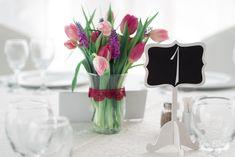 Wedding Designs, Glass Vase, Films, Table Decorations, Home Decor, Movies, Decoration Home, Room Decor, Cinema