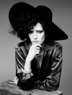 Perfect Sense| Eva Green by Johan Sandberg for L'Express Styles November 2011