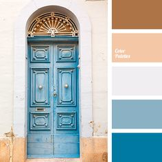 Light and fluffy palette full of sunlight and space. Such colors create free and easy atmosphere, the best for rest and relaxation. Bright blue, light blue