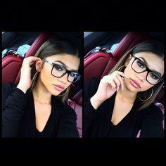 Photos: Zendaya's Beautiful Selfies March 2015 - Pintgram Estilo Zendaya, Zendaya Style, Zendaya Hair, Beauty Make-up, Beauty Hacks, Hair Beauty, Eyebrows, Make Up Anleitung, Zendaya Coleman