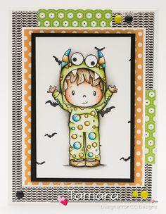 Monster Eli, Halloween Boo! enamel dots, Bat background stamp #ccdesigns #monstereli #sweisspixie #watercolouring #distressmarkers #epicpark #handmadebytamara