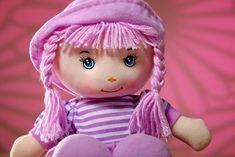 Puppenkleidung stricken und häkeln: So gelingt es Ihnen Winter Hats, Fashion, Tall Clothing, Fall Jackets, Diy Clothes, Kawaii, Moda, Fashion Styles, Fasion