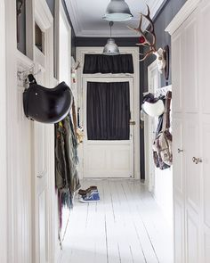 @christianophoto sitt hjem i @vakrehjemoginterior nå. Styling by me & foto @wilhelmsenyvonne #interior #interiør #interieur #interior123 #interiordecor #interiorstyling #mystyling #mystyle #lovemyjob #interiordecorating by tonekrok